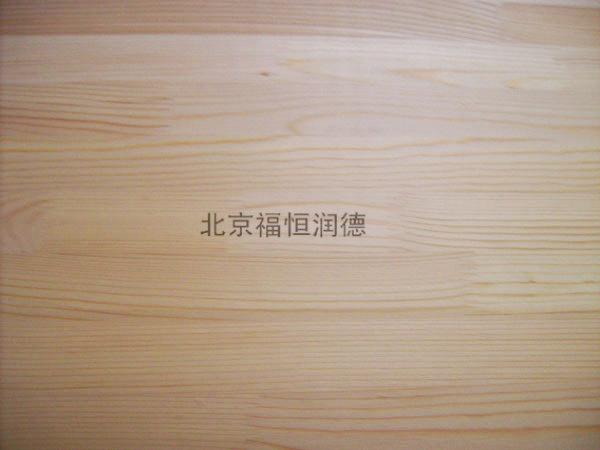 俄罗斯松木运动地板